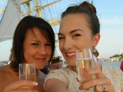 Royal Clipper Champagne